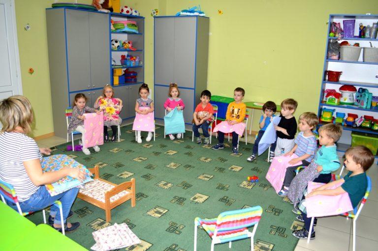 Каждому ребенку хватает игрушек и учебных пособий